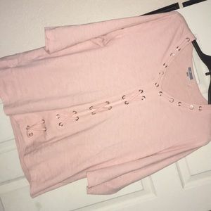 Tops - Like new beautiful pale/blush pink mid sleeve top